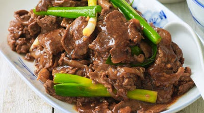 Stirfried Beef with Spring Onions & Oyster Sauce