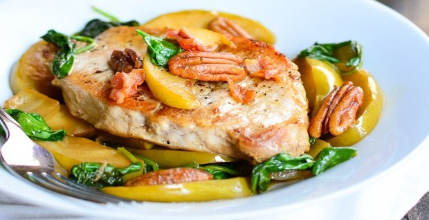 apple-spinach-pork-chops-recipe