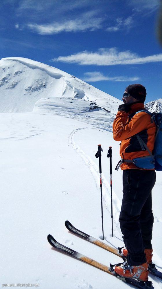 La cumbre a escasos metros