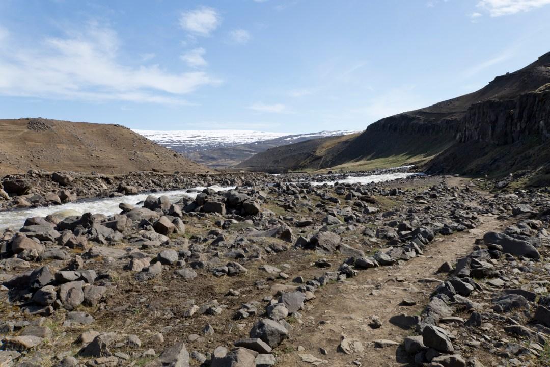 Road Trip Islande - Hengifoss - www.paperboat.fr