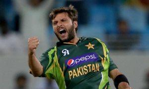 Sahid-Afridi-of-Pakistan-celebrates-after-dismissing-Nuwan-Kulasekara-of-Sri-Lanka-during-the-second