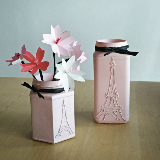 Eiffel tower Jam jars decorated with a glue gun and spray paint