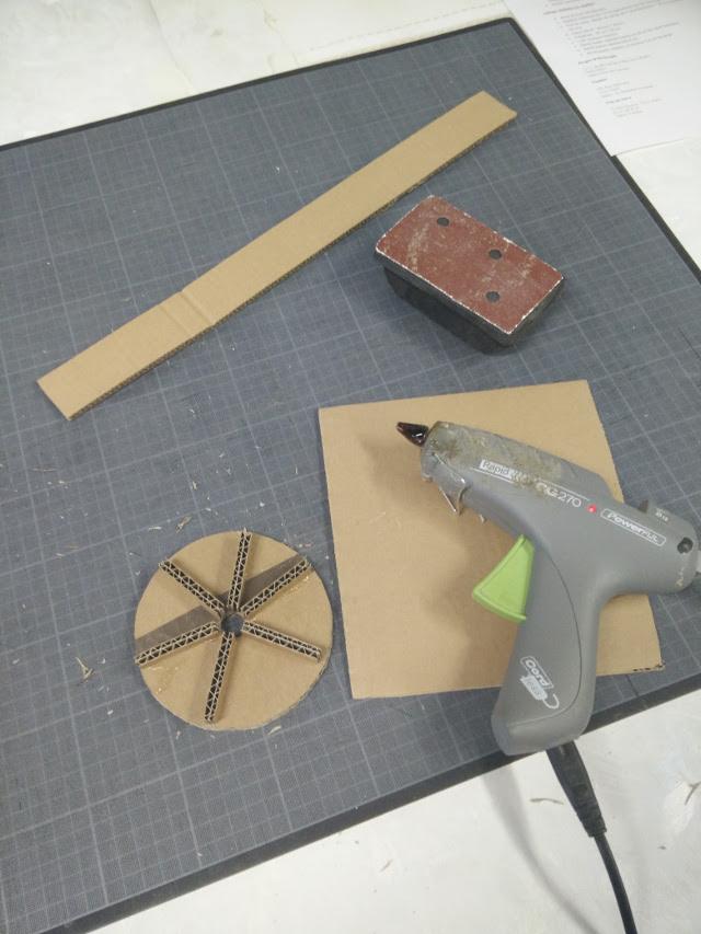 Making a cardboard lamp
