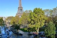 Luxurious 2 Bedroom Paris Apartment with Stunning Eiffel ...