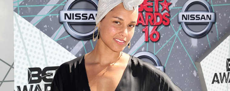Alicia Keys Natural Beauty