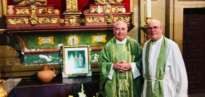 Celebración de la Eucaristía en la Parroquia de Santa María de la Asunción de la localidad Riojana de Navarrete.