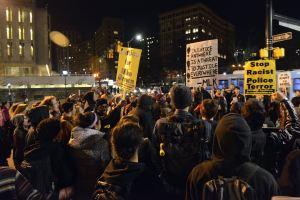 Diritto di manifestare e repressione poliziesca: cronaca di un arresto di massa nel cuore della California