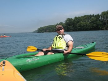 Chris gets ready to paddle
