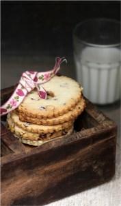Pistachio & Craisin Cookies