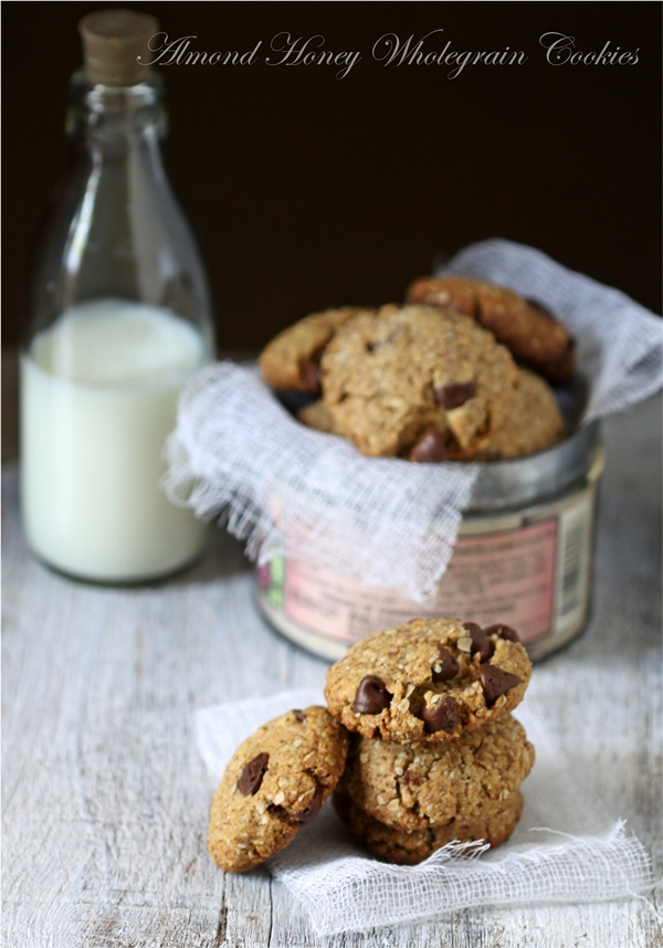 Eggless Almond Honey Wholegrain Cookies