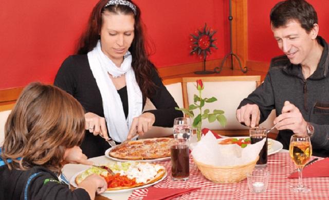 Cenare in famiglia, senza stress