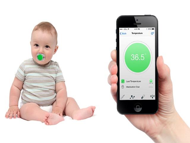 Arriva il ciuccio smart collegabile allo smartphone