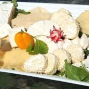 מגש גבינה