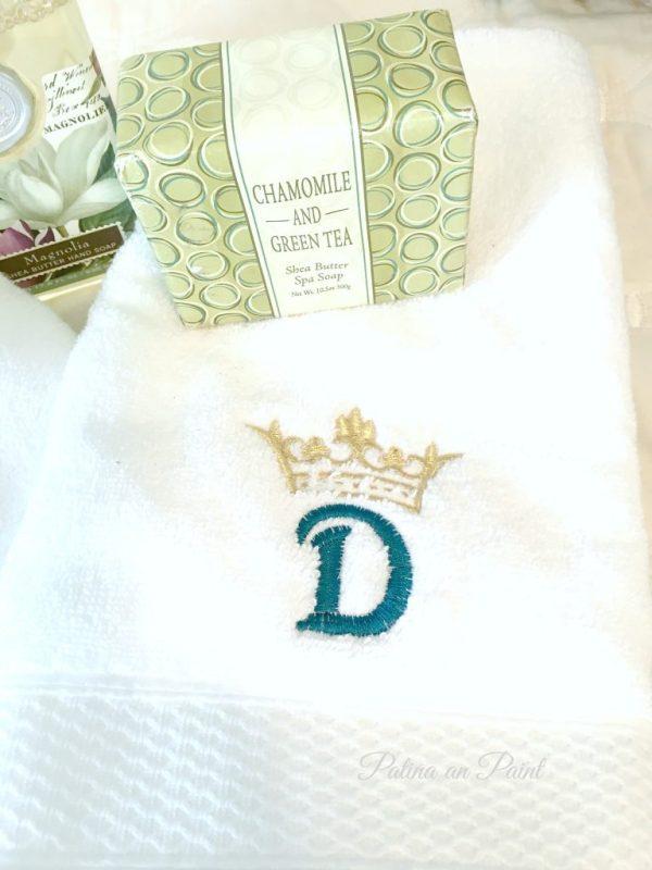 monogram towels 4