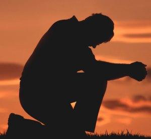 leader_praying