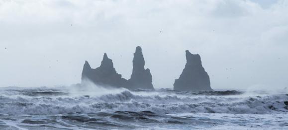 waves-crashing