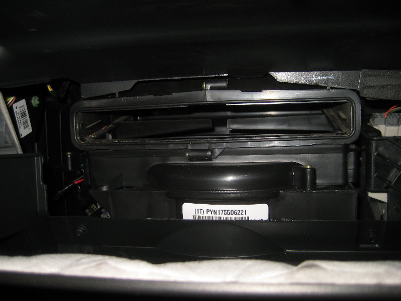 range rover fuse box replacement