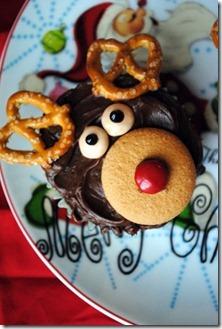 reindeer cupcakes 060