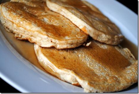 banana protein pancakes 012