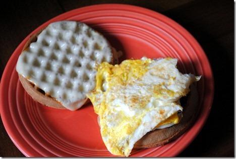 waffle breakfast sandwich 050