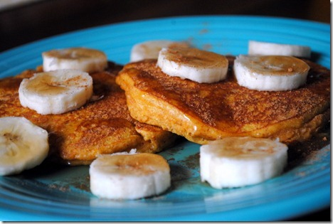pumpkin almond pancakes 025