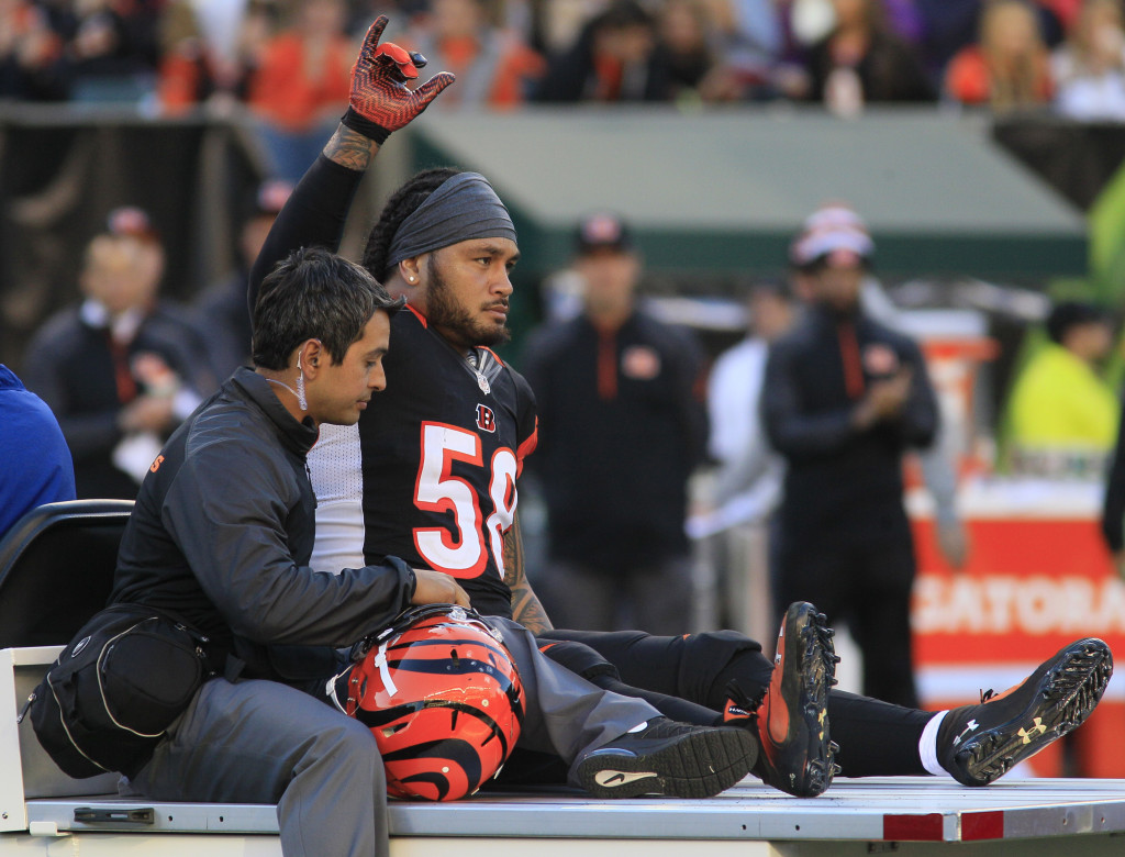 concussion watch nfl head injuries in week frontline pbs cincinnati bengals middle linebacker rey maualuga is taken off the field after being injured in the first half of an nfl football game against the new york