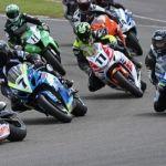 Sloan Frost alcanza a Saiger en las Suzuki Series