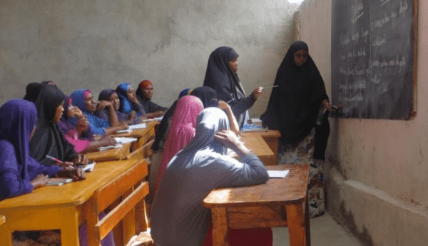 Enhancing women's livelihoods through non-formal education (Somalia)