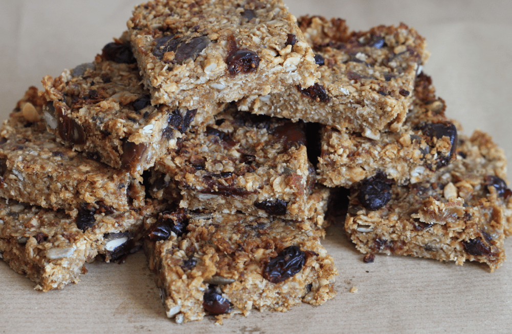 Nutty fruity energy bars