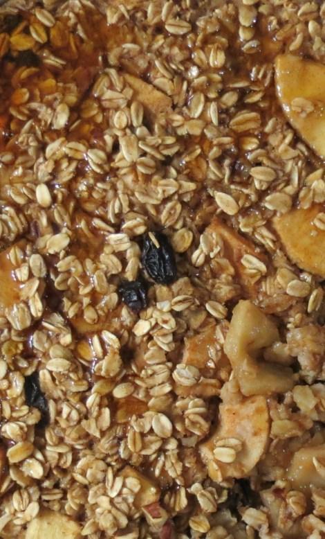 Baked Apple and Cinnamon Oatmeal