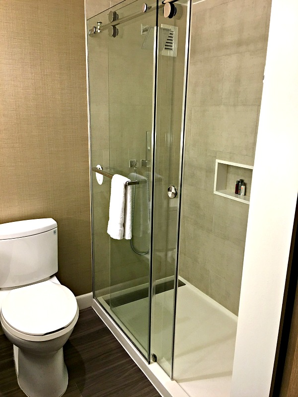 Charlotte Marriott City Center Shower