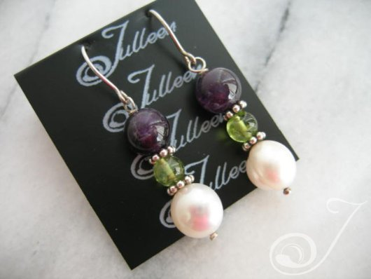 Liza Amethyst Peridot and Pearl Earring