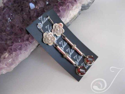 Flower Earring with Garnet