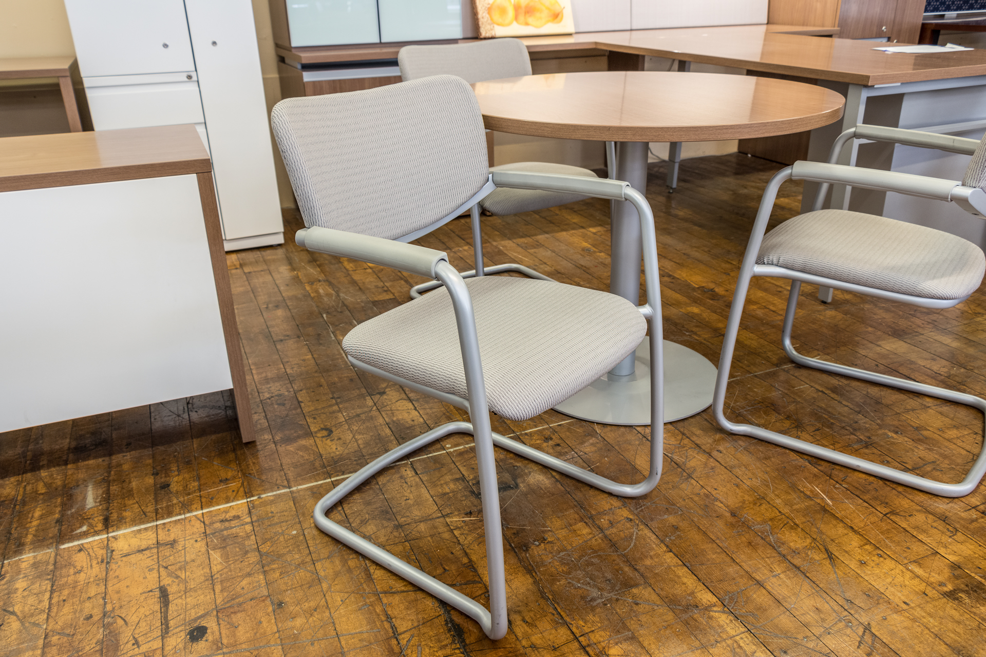 Haworth Zody Cantilever Visitors Chairs