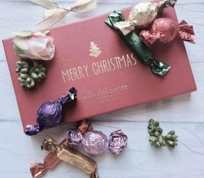 Villa Del Conte's Merry Christmas Box