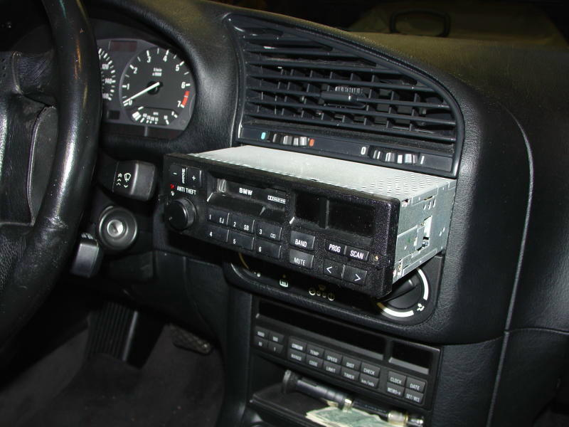BMW E30/E36 Radio Head Unit Installation 3-Series (1983-1999
