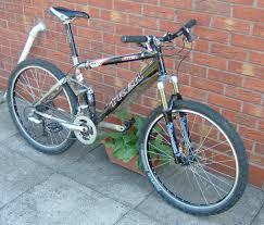 hybrid road bike 1