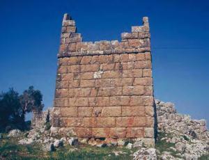 Πύργος της οχύρωσης, γνωστός ως «Κοκκινόπυργος»