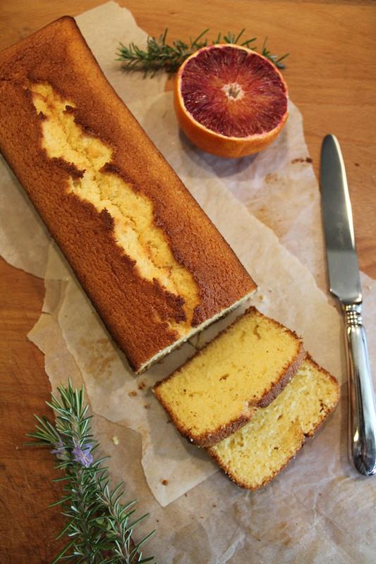 plum cake arancia e rosmarino