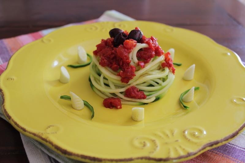 spaghetti di zucchine tricolore