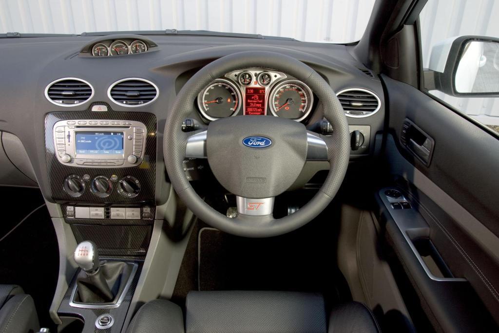 Car Dash Wallpaper Ford Focus St Xr5 2005 2010