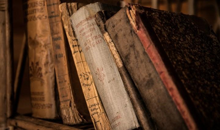 vieux-livres-bibliotheque-geneve