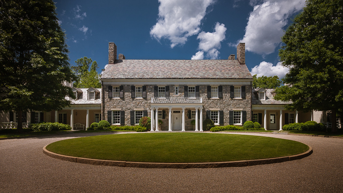 colonial landscaping