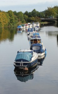 boats-on-the-dart-river-totnes