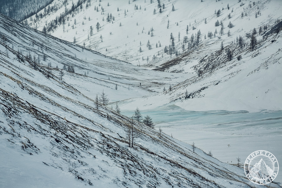 Jason Wilmot and Rebecca Watters hike up valley below Jari Pass