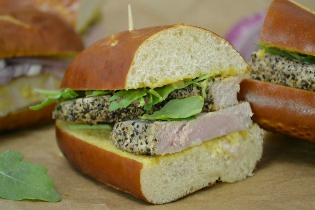 #AD Pepper crusted honey mustard tuna sandwich made with Sabra Spreads. The adult version of dipping pretzels into mustard.