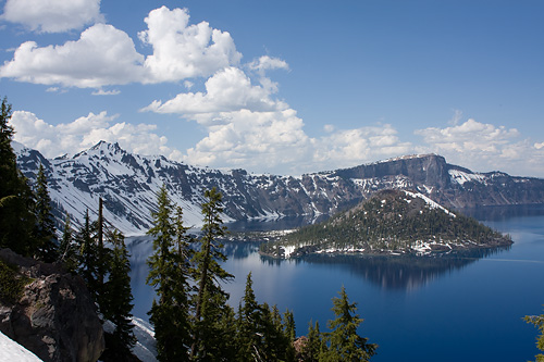 Crater Lake in Oregon craterlake1