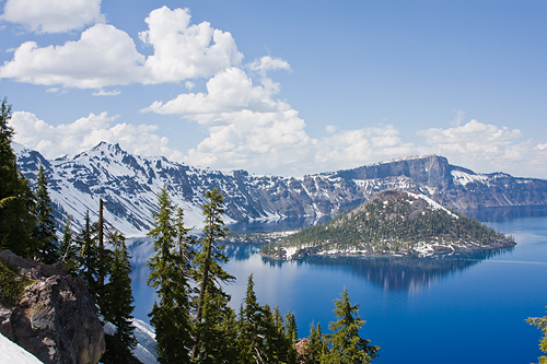 Crater Lake in Oregon craterlake2