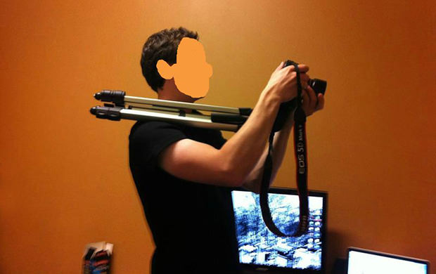 Use Your Tripod as a Makeshift Shoulder Rig for Stabilization tripodstab mini