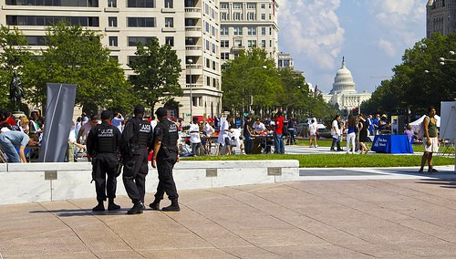 Spending More Than 5 Min at a Location Can Earn Photogs Jail Time in D.C. dc mini